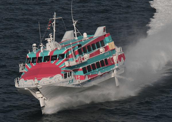 高速ジェット船「大漁」