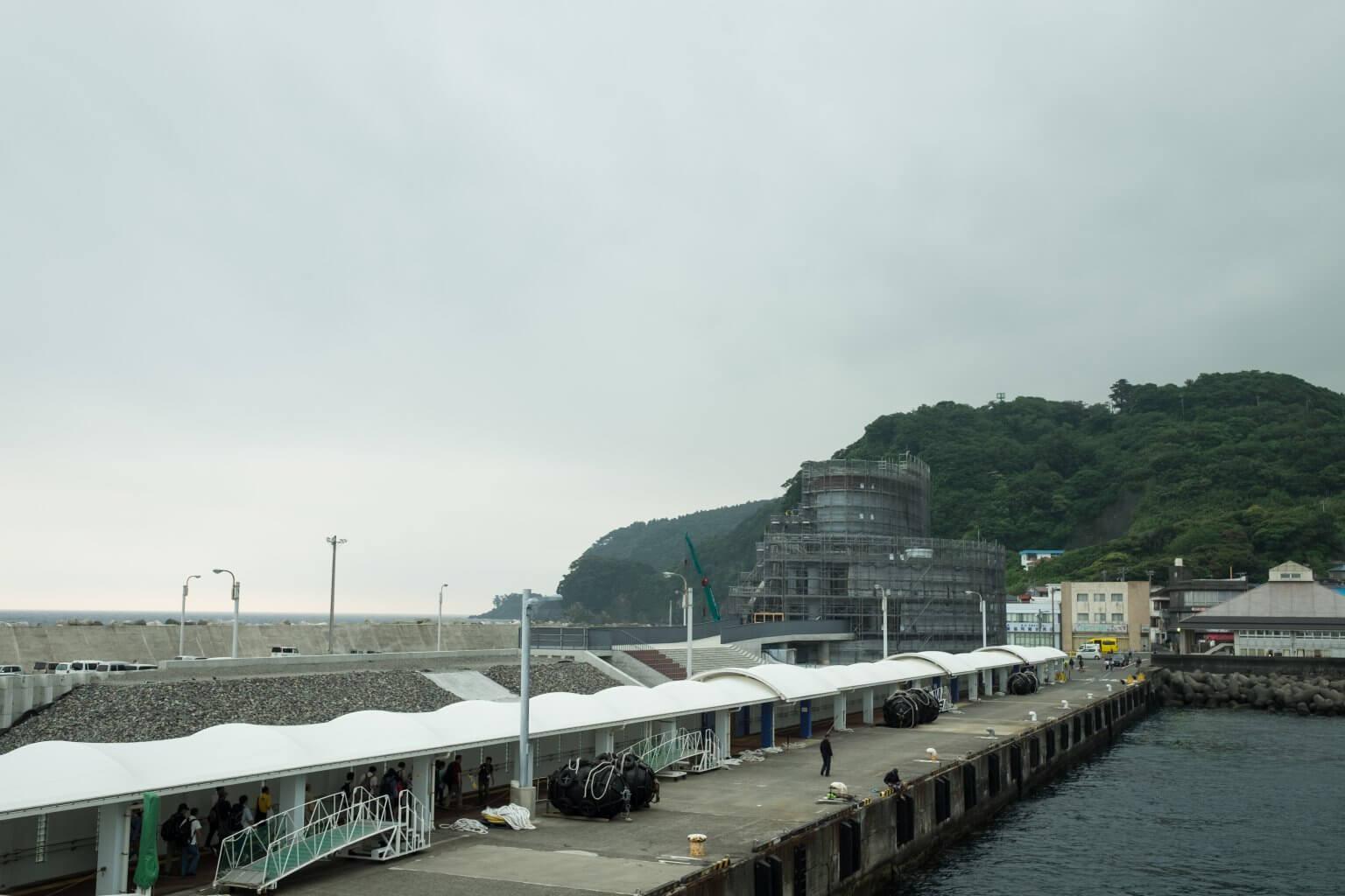 伊豆大島 岡田港