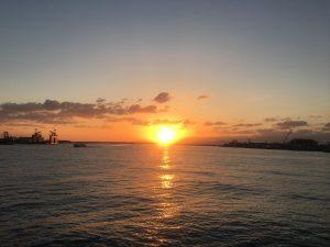 某所から見た夕日